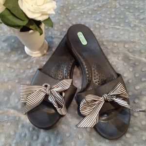 Oka-b Black Sandals